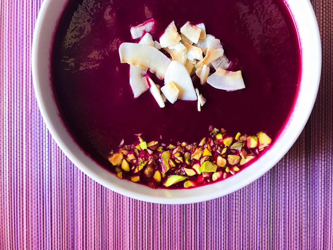 crema de remolacha toppings receta Come Vive Viaja blog