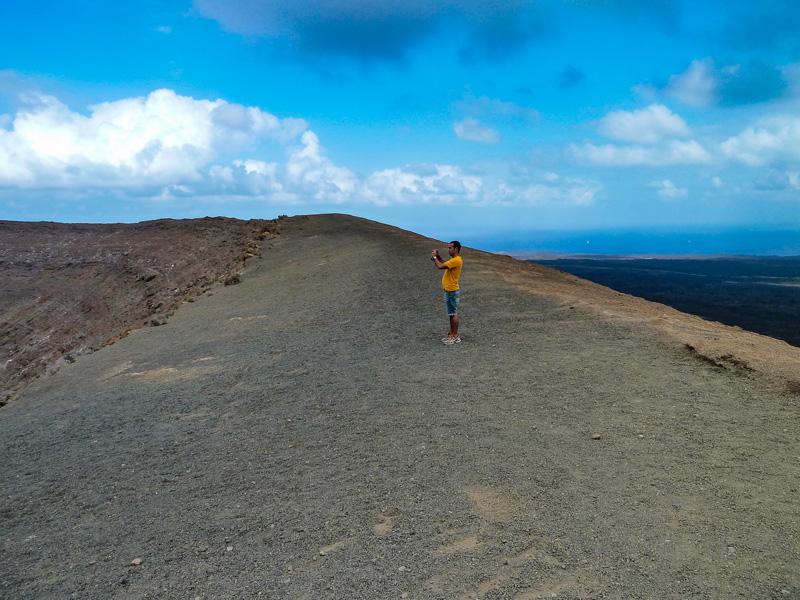 Ruta de la Caldera Blanca crater volcan Lanzarote
