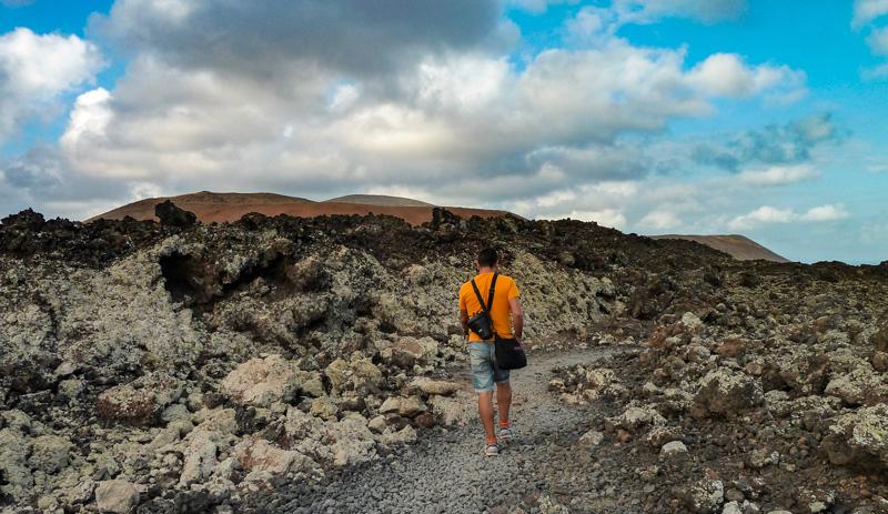 Ruta de la Caldera Blanca sendero Lanzarote volvan crater