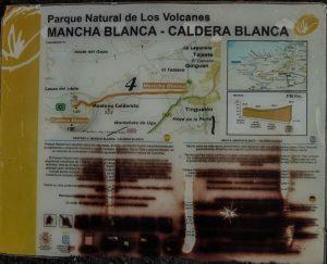 Ruta Caldera Blanca letrero sendero Lanzarote volcan