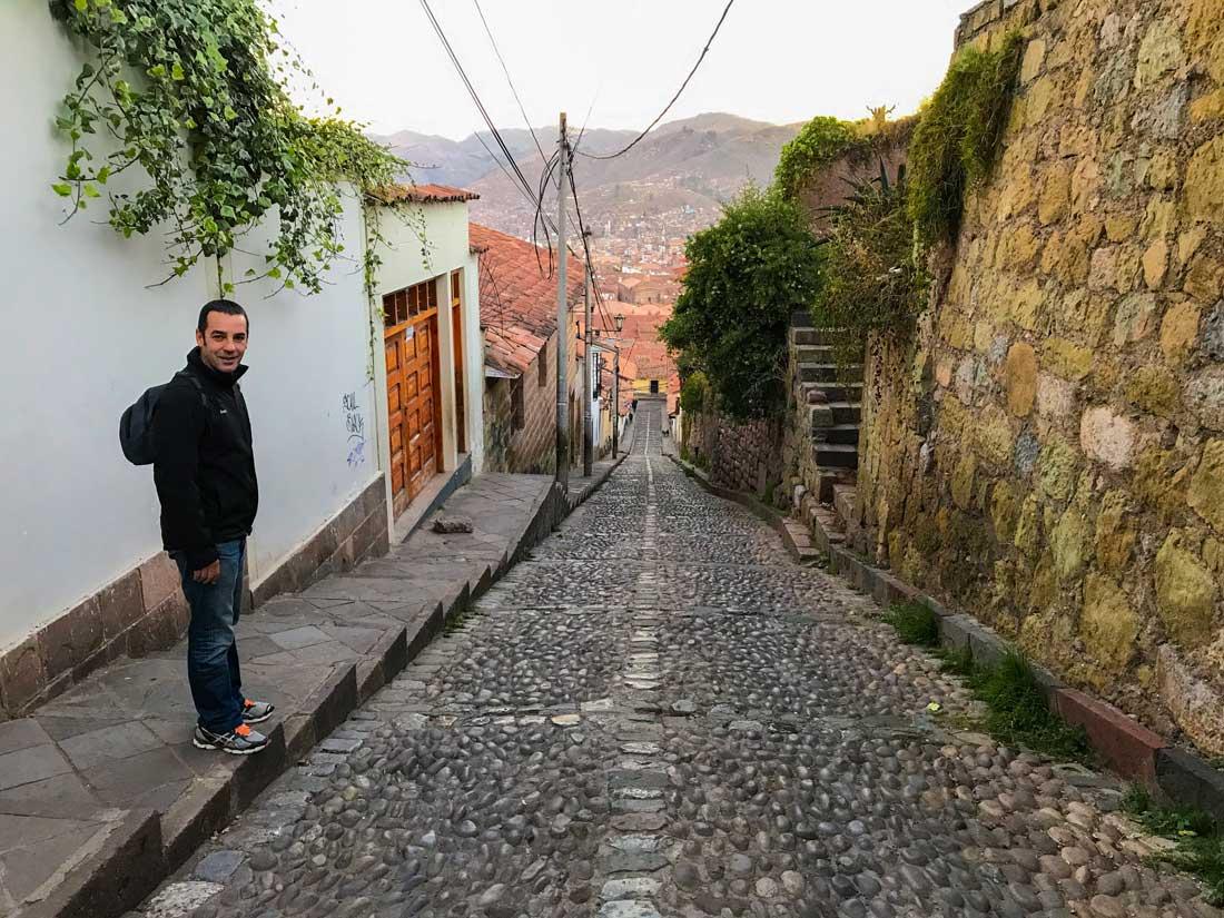 Itinerario Perú Come Vive Viaja calles cuzco cuestas