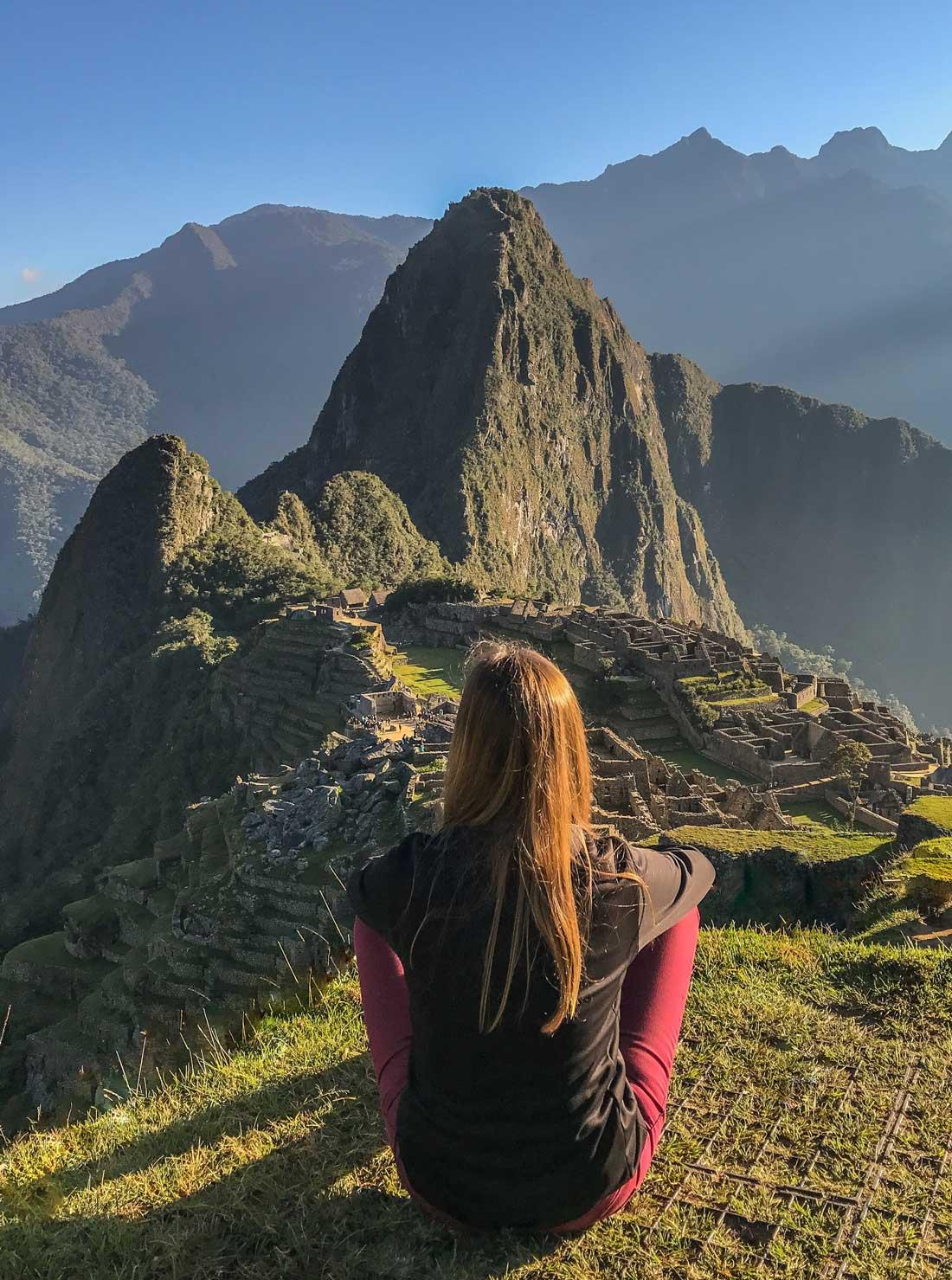 Come Vive ViajaTodo lo que necesitas saber para visitar Machu Picchu y Huayna Picchu Wayna amanecer paisaje