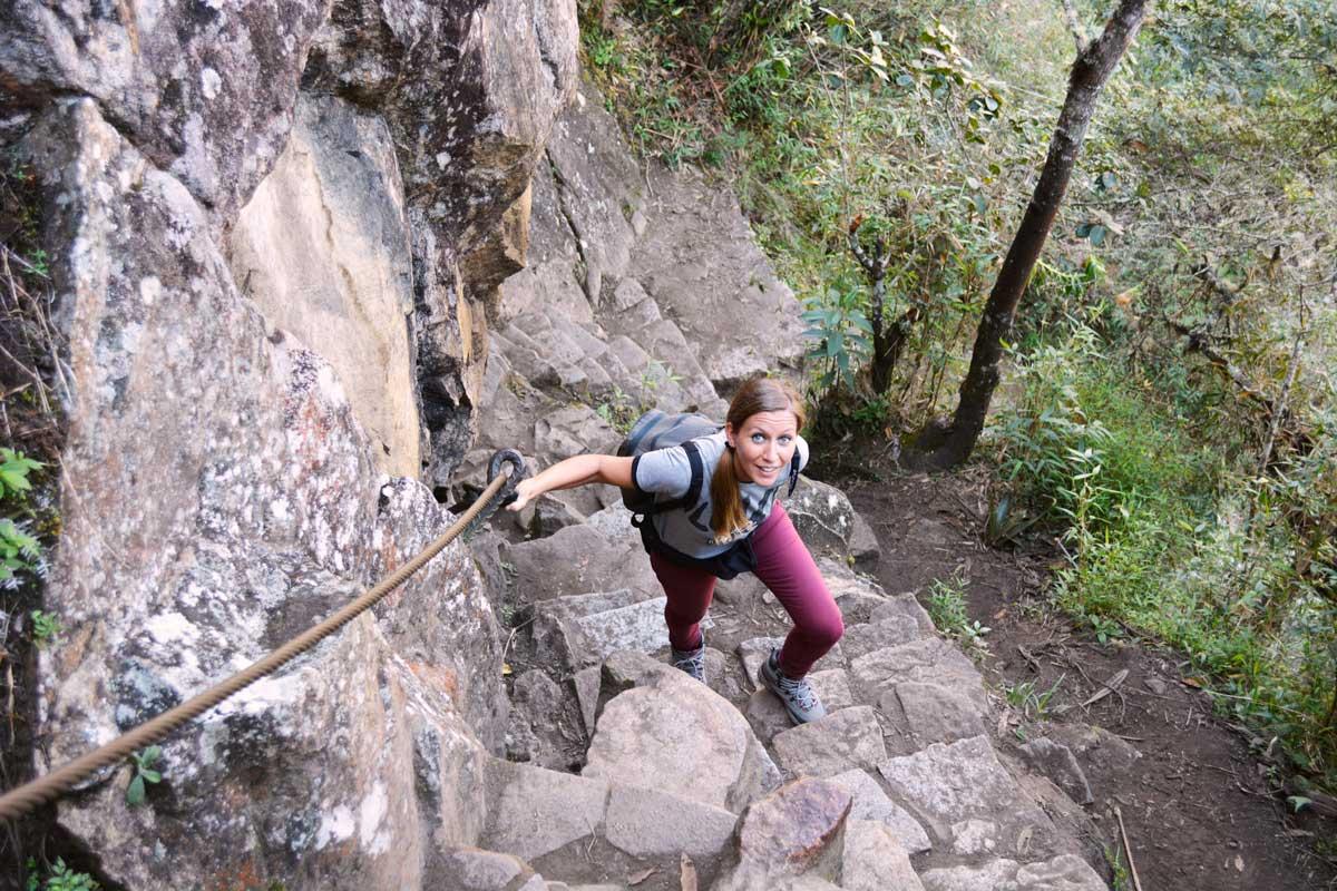 Come Vive Viaja Todo lo que necesitas saber para visitar Machu Picchu y Huayna Picchu Wayna subida pendiente esfuerzo