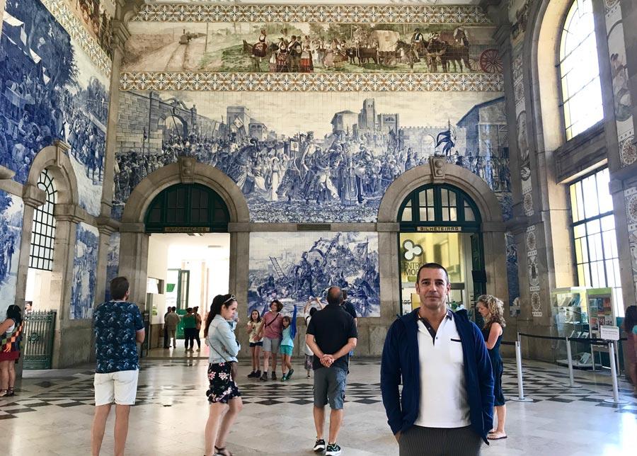Qué ver en Oporto. Sitios Imprescindibles. Qué visitar. Escapada Blog Come Vive Viaja Estación San Bento