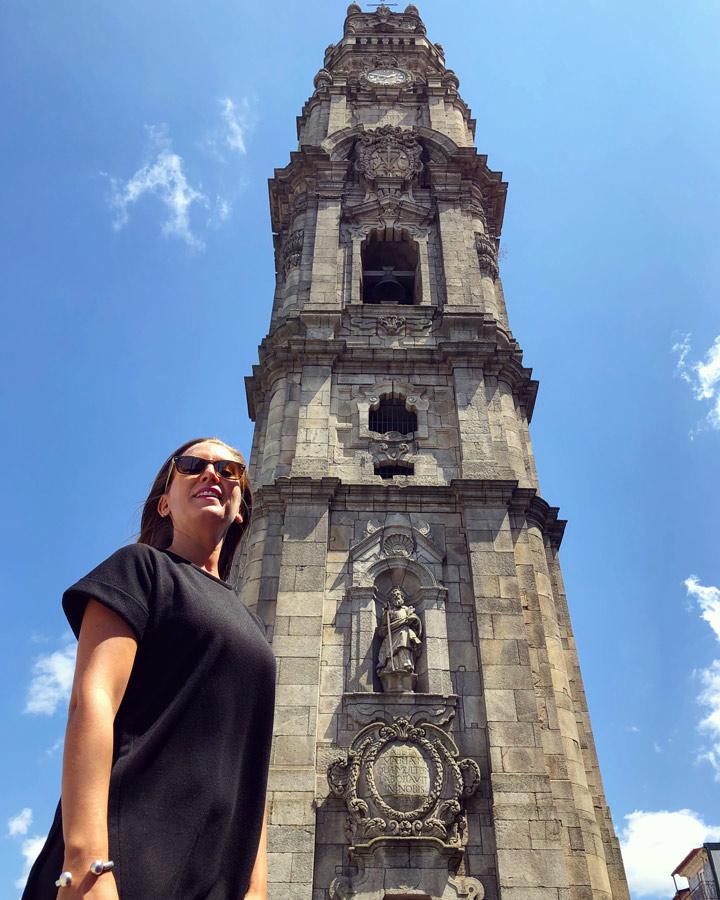 Qué ver en Oporto. Mirador Panorámica Sitios Imprescindibles. Qué visitar. Escapada Blog Come Vive Viaja Torre de los Clérigos