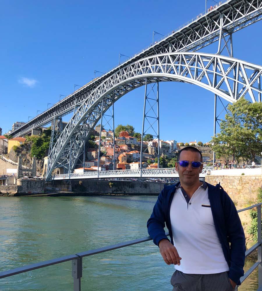 Qué ver en Oporto. Sitios Imprescindibles. Qué visitar. Escapada Blog Come Vive Viaja Puente Don Luis Gaia
