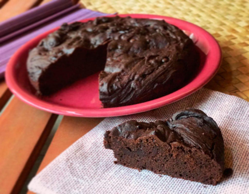 Bizcocho de chocolate cacao saludable Come Vive Viaja Blog receta dulce saludable