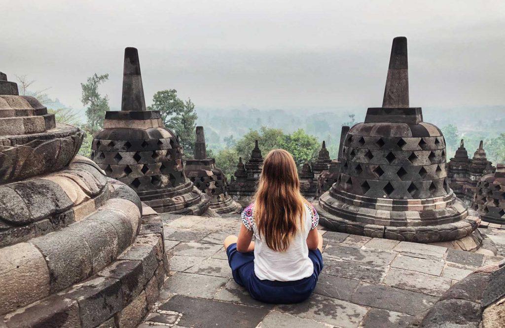 Itinerario Indonesia Ruta Qué visitar Blog Viajes Come Vive Viaja amanecer sunrise Borobudur Yogyakarta Java