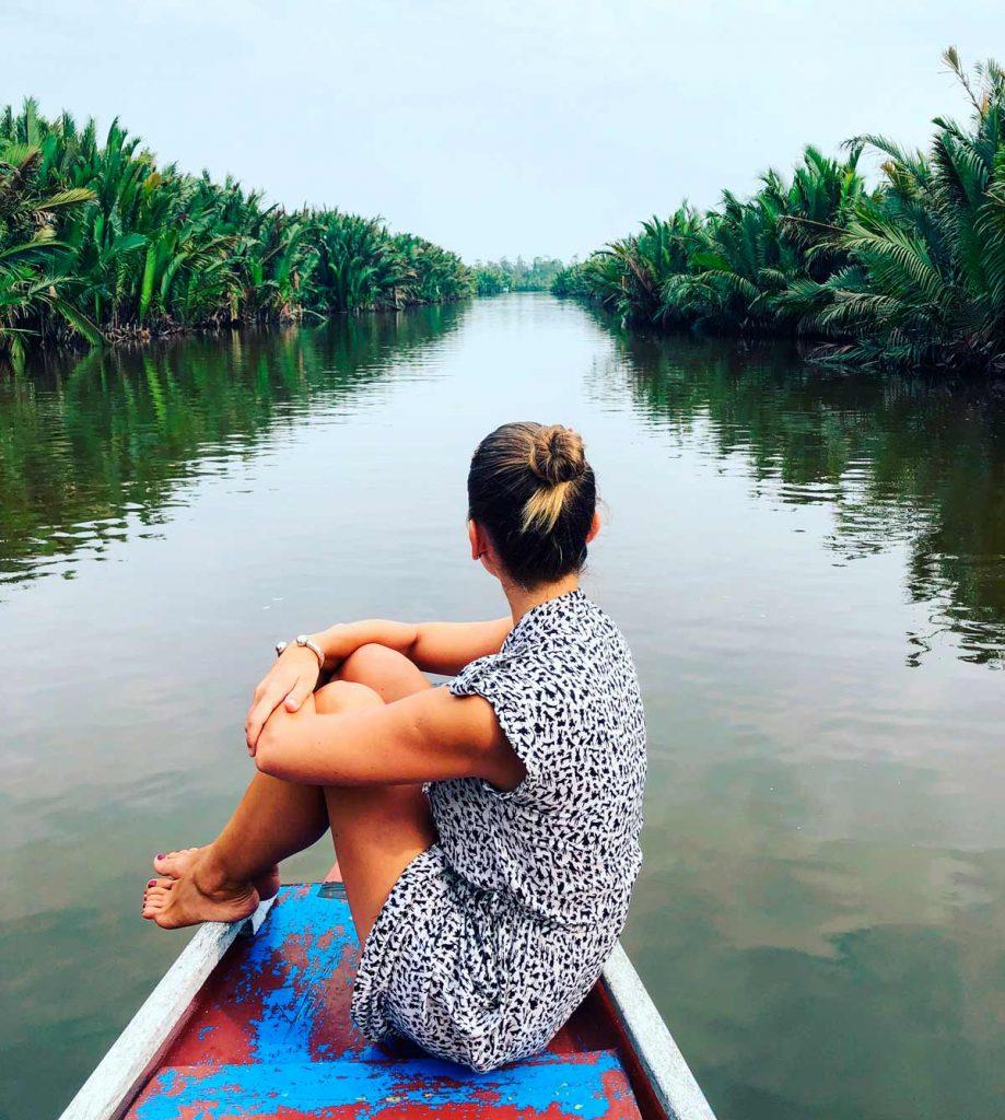 Itinerario Indonesia Ruta Qué visitar Blog Viajes Come Vive Viaja Borneo klotok orangutanes excursión barco