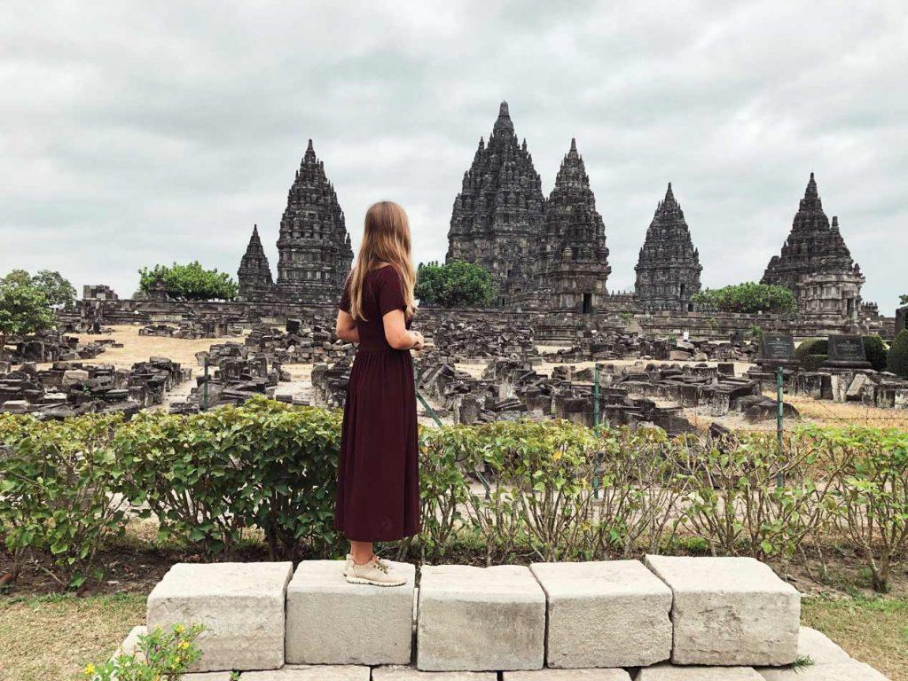 Itinerario Indonesia Ruta Qué visitar Blog Viajes Come Vive Viaja Prambanam visita mañana