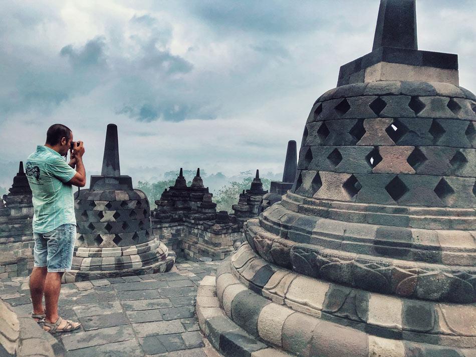 Cómo organizar tu viaje por libre a Indonesia. Preparativos Amanecer Borobudur Come Vive Viaja