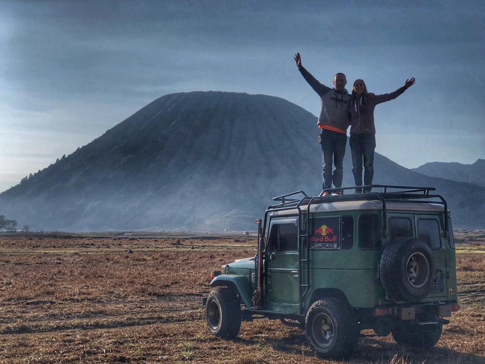 Excursión al volcán Bromo y Cascadas Madakaripura