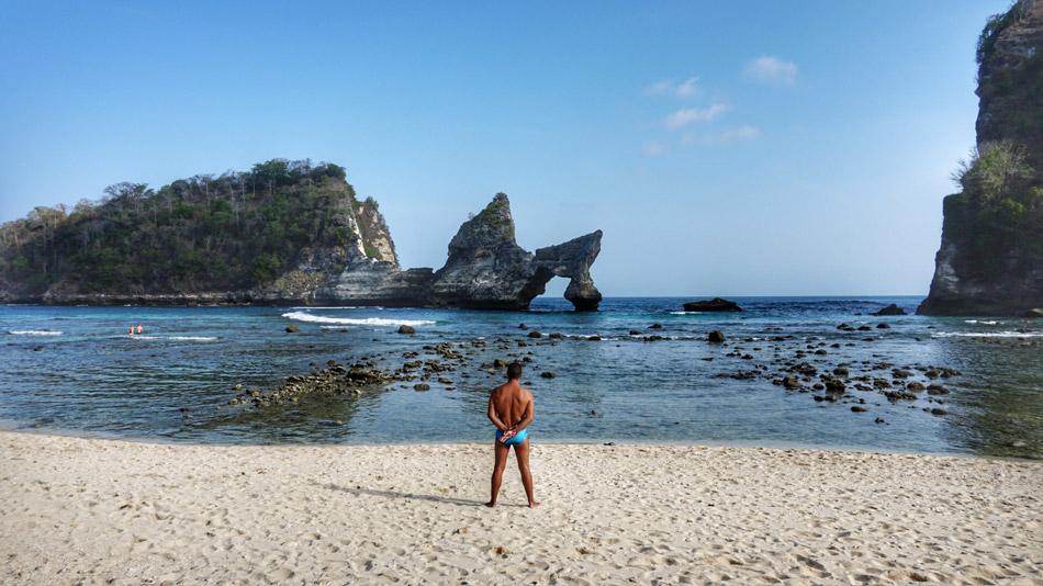 Itinerario y ruta en Indonesia por libre. Qué ver Nusa Penida Atuh Beach