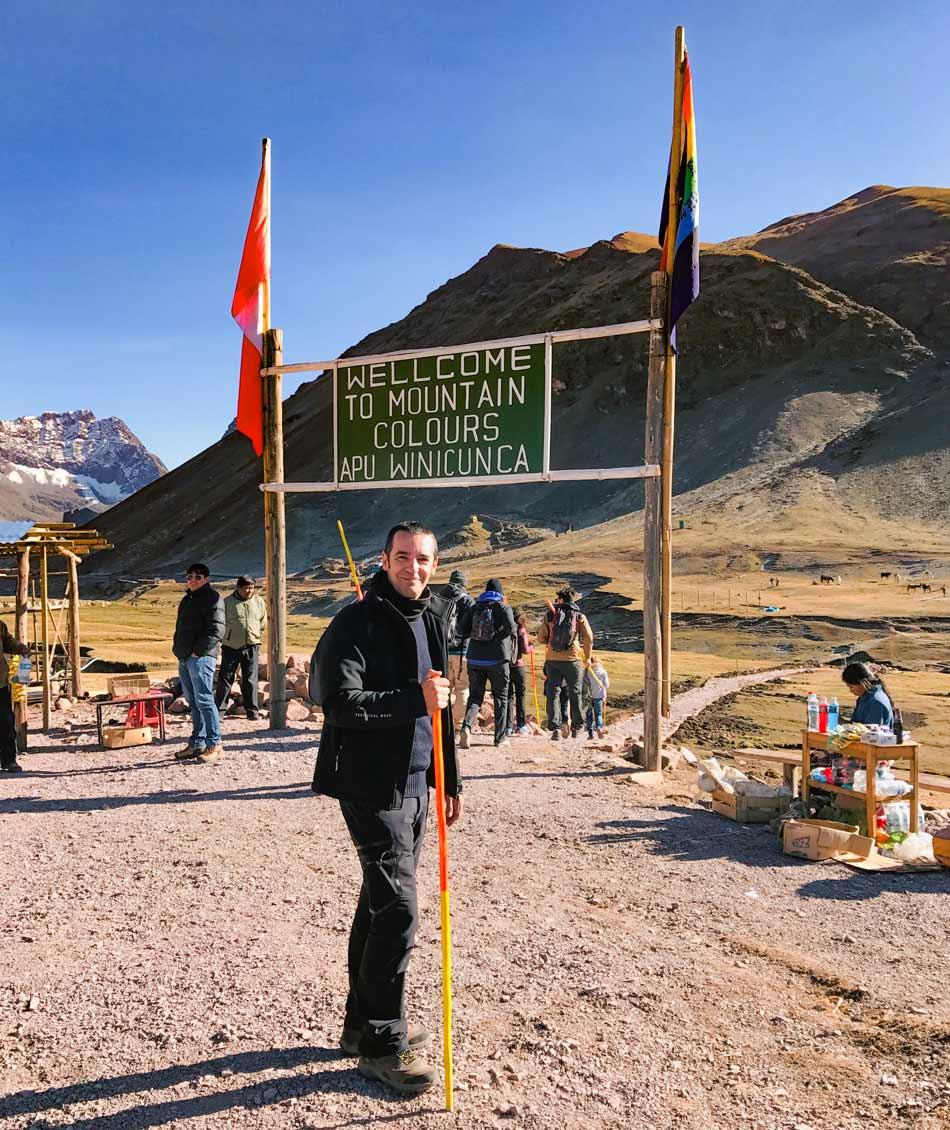Excursión 1 día Rainbow Mountain, Montaña 7 colores, Arcoíris, Vinicunca, Colorada, Perú Red Valley entrada