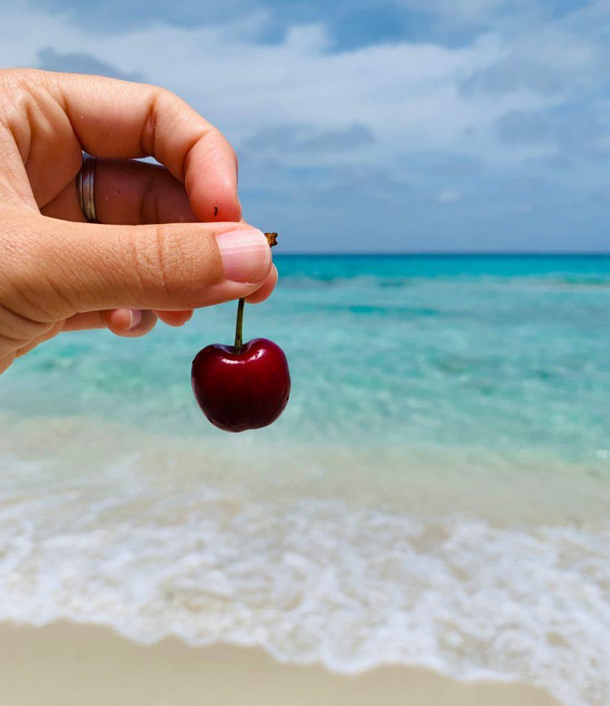 Comer barato en Formentera e Ibiza es posible Come Vive Viaja Blog fruta playa