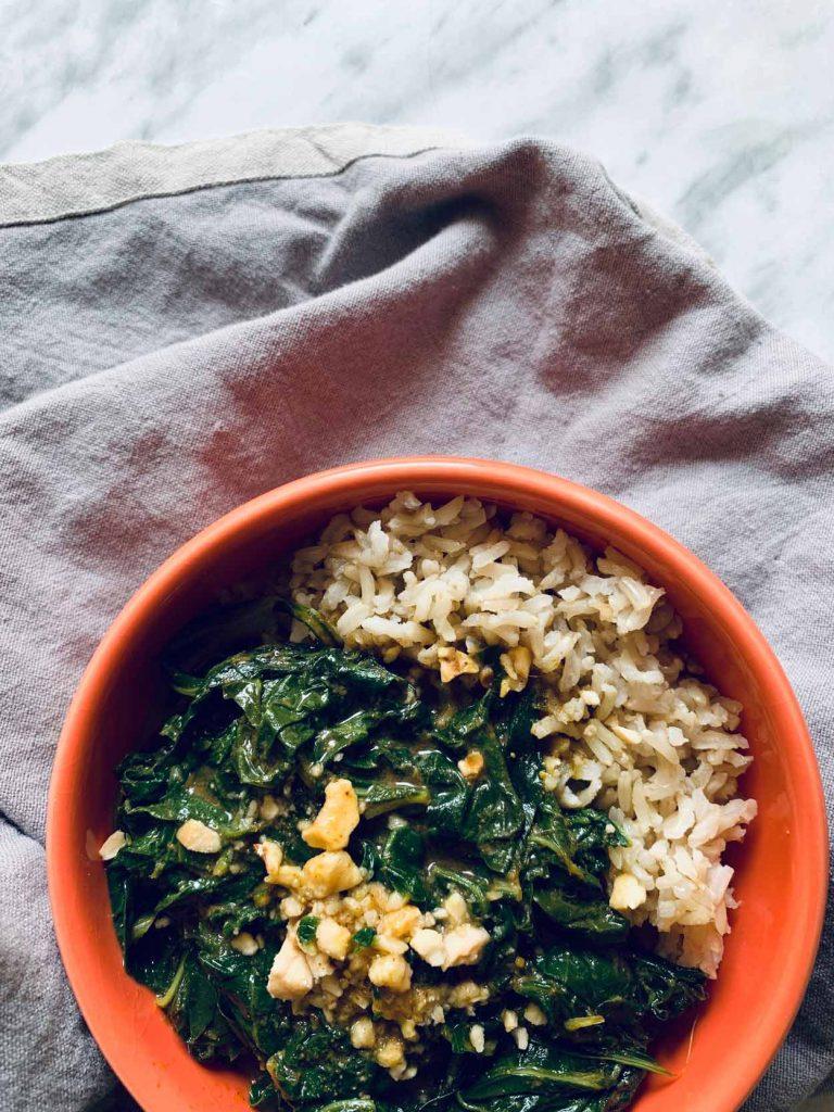 Curry ligero de espinacas, light, sin grasa, Come Vive Viaja