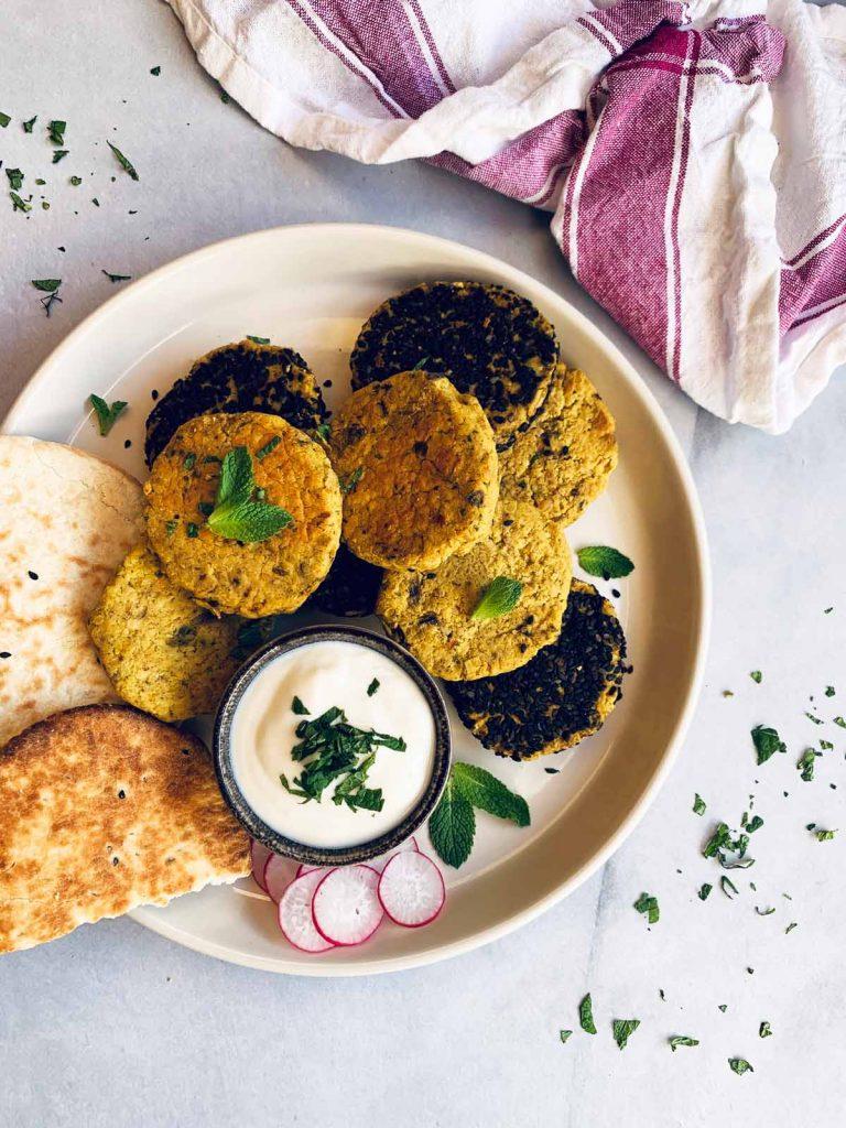 Falafel de garbanzos cocidos de bote, legumbres, rápido, fácil, rico