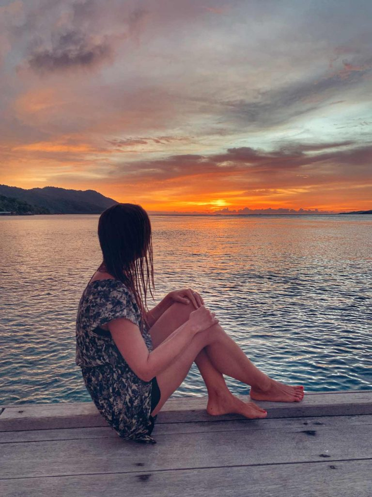 Puesta de sol Raja Ampat sunset presupuesto barato